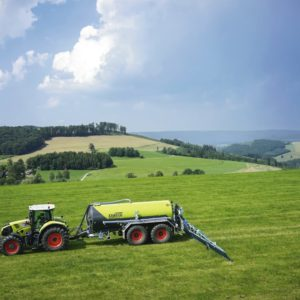CLAAS Traktor AXION 800